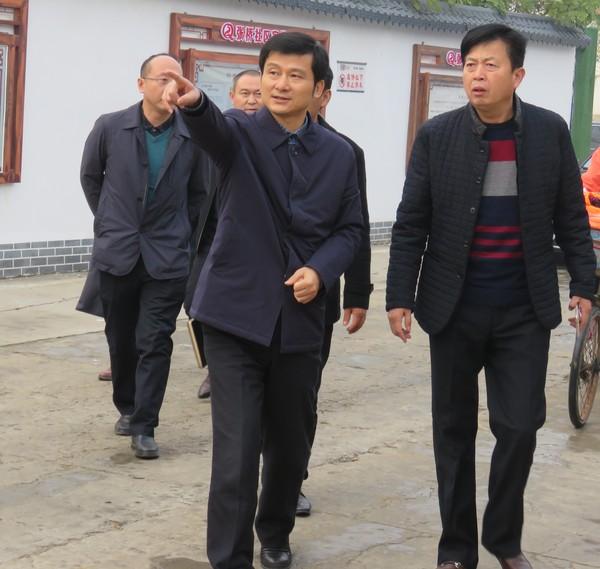 刘存俊到经开区督查文明创建工作