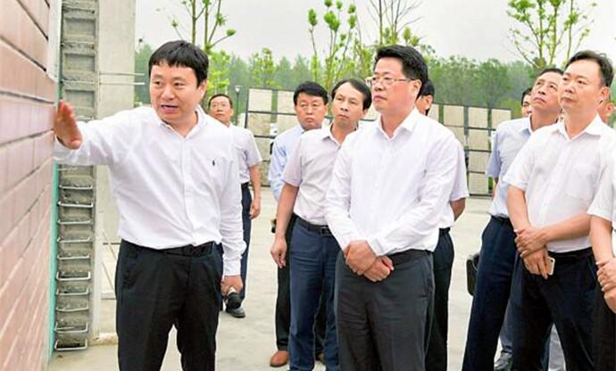 杨光荣到颍州区调研经济社会发展工作