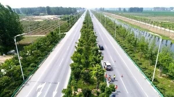 到宋集高速路口的高速连接线(S327)