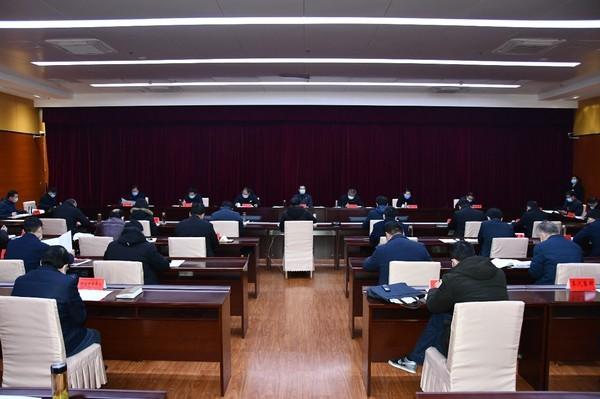 临泉县委常委扩大会议暨县疫情防控领导小组会议召开