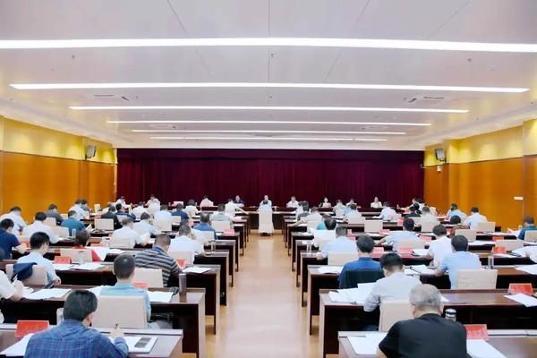 �R泉�h委常委◆��召�_�U大���h研究疫情日本免费播放器sm防控等工作