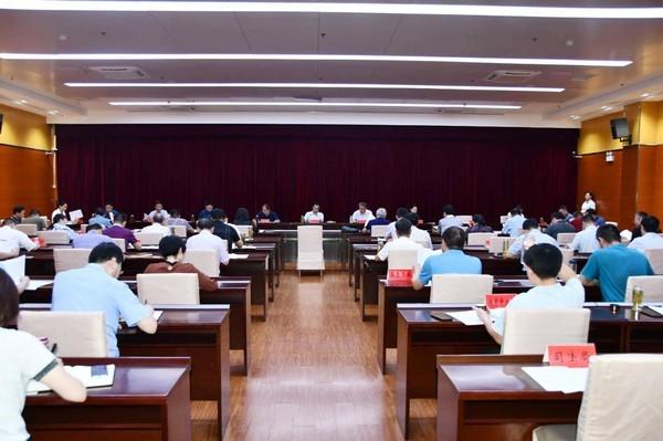 臨泉縣委常委會暨縣委理論學習中心組學習擴大會召開