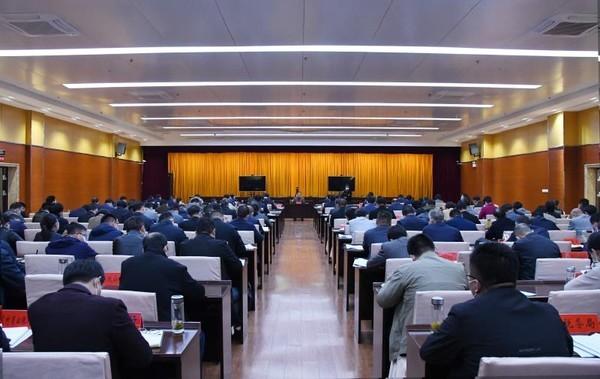 临泉县组织收听收看全市疫情防控工作领导小组电视电话会