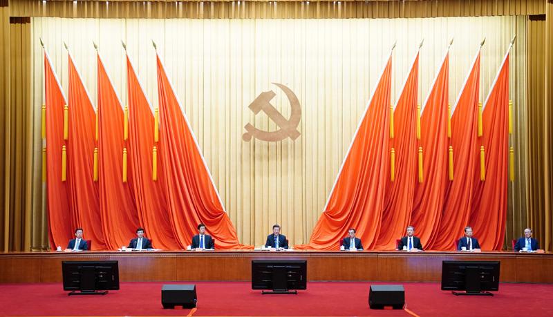 2月20日,党史学习教育动员大会在北京召开。中共中央总书记、国家主席、中央军委主席习近平出席会议并发表重要讲话。新华社记者 翟健岚 摄