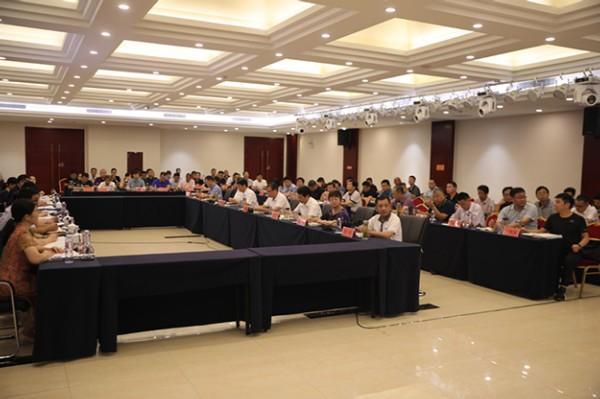 省创卫工作评估组对界首市创建省级卫生城市工作开展技术评估