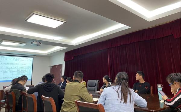 阜南县召开基层政务公开标准化规范化目录梳理培训会.jpg
